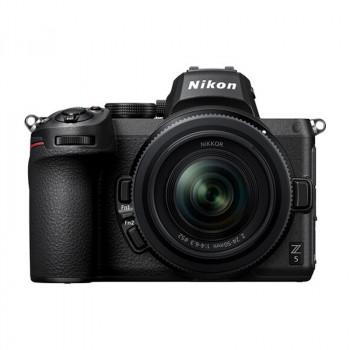 Nikon Z5 + Nikkor Z 24-50/4-6.3 e-oko.pl