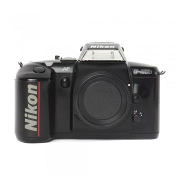 Aparat analogowy Nikon F401X