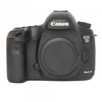 Lustrzanka Canon 5D Mark III