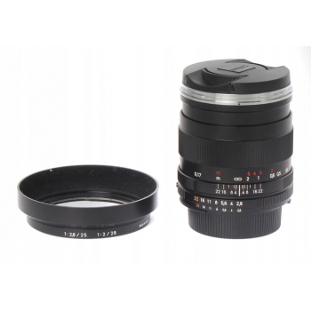Zeiss 25/2.8 Distagon ZF.2 (Nikon F)